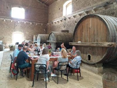 Tasting of 4 Valle dell'Acate wines along with a typical meal of local province of Ragusa dishes Tasting - Valle dell'Acate