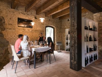 Wine and typical Sicilian products tasting Tasting - Feudi del Pisciotto